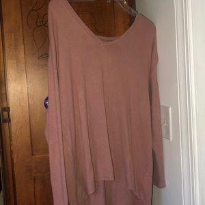 AE long sleeve sweater/shirt
